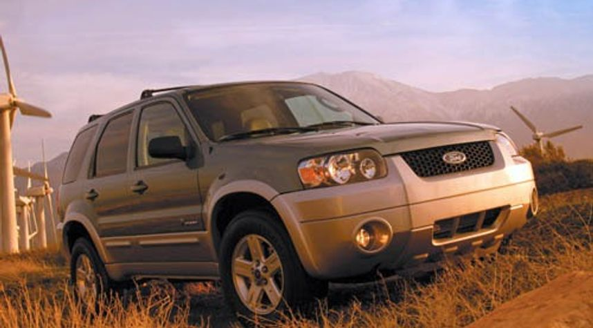 Main photo of SEAN COLLINS's 2005 Ford Escape