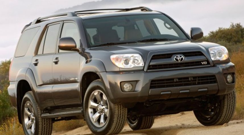 Main photo of Niko Ramirez's 2007 Toyota 4Runner