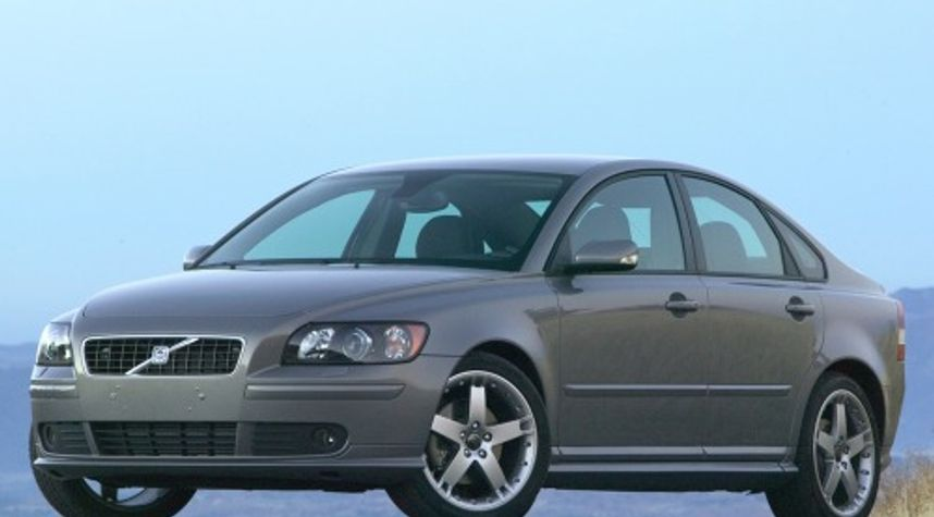 Main photo of Adrian Camacho's 2007 Volvo S40