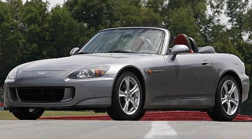 Main photo of Christian Nguyen's 2008 Honda S2000