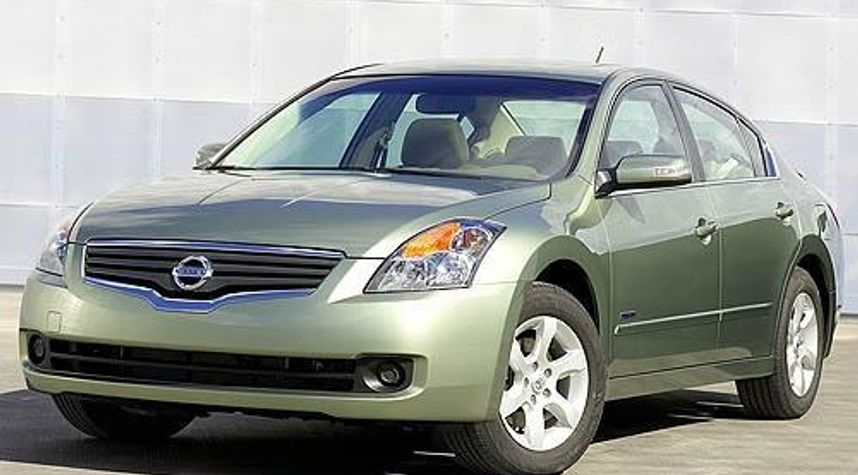 Main photo of Dom Snead's 2008 Nissan Altima