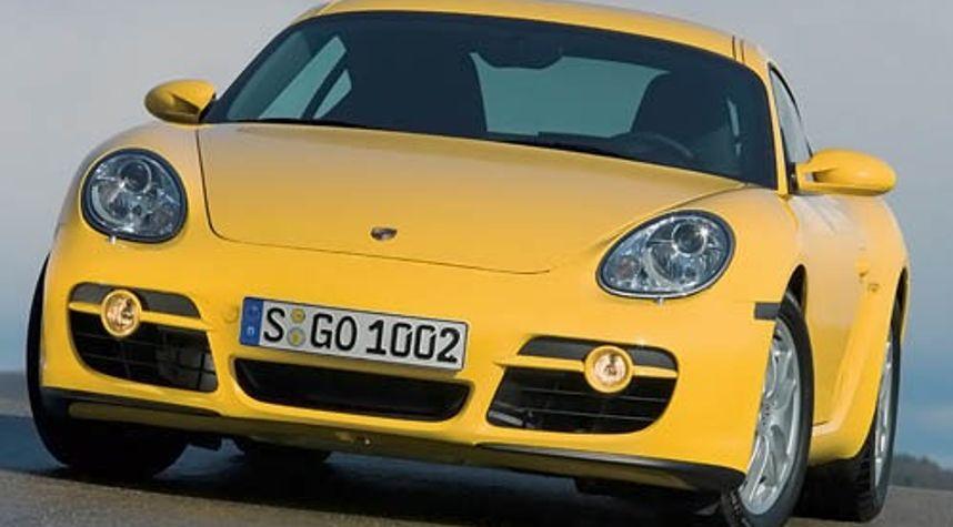 Main photo of Matt Pc's 2008 Porsche Cayman