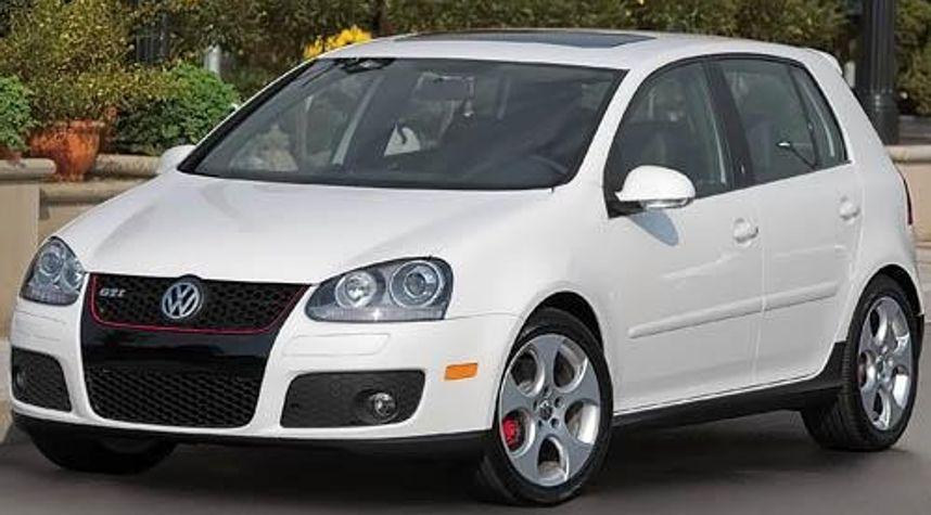 Main photo of Chris Spindler's 2009 Volkswagen GTI