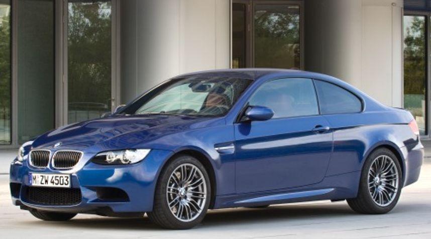 Main photo of Jordan Lew's 2010 BMW M3