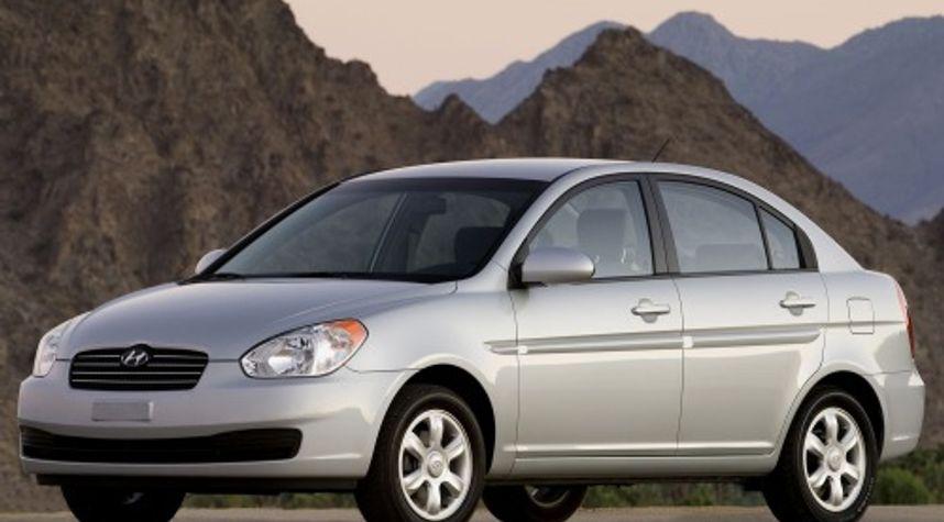 Main photo of Wren  Malone's 2010 Hyundai Accent