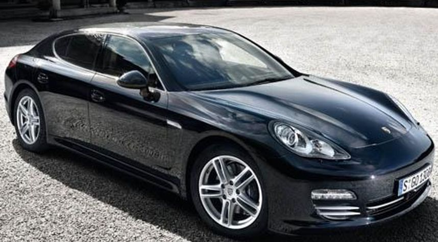 Main photo of Jim Trainor's 2011 Porsche Panamera