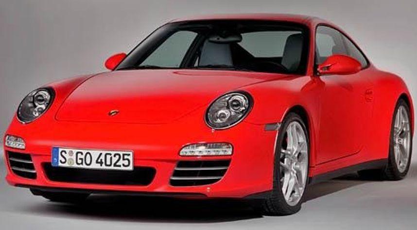Main photo of Donovan Matthew R.'s 2012 Porsche 911