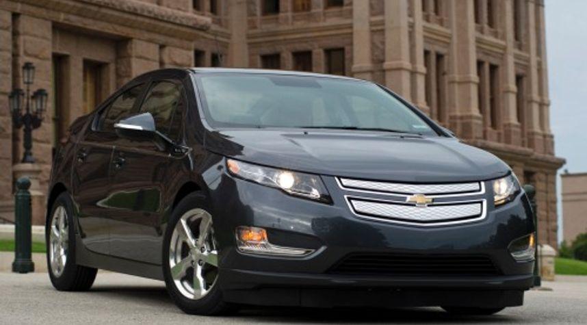 Main photo of Clayton Lamond's 2013 Chevrolet Volt