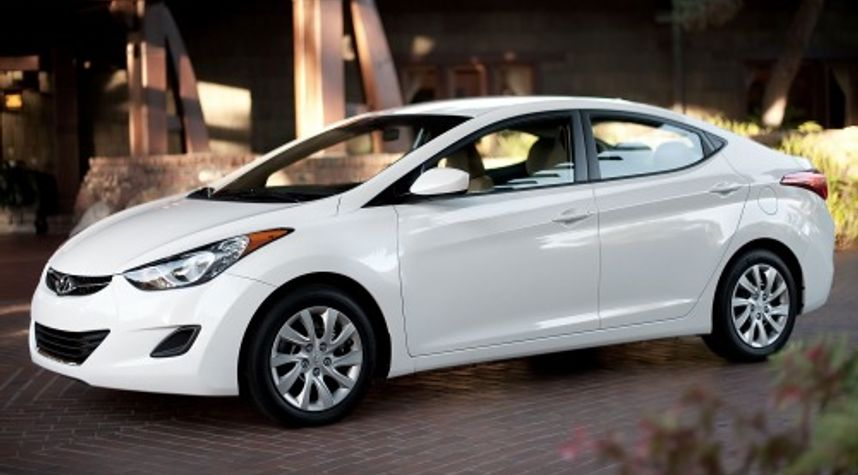 Main photo of Jose Cueto's 2013 Hyundai Elantra