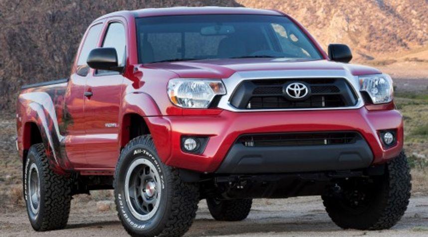 Main photo of Zach Garlow's 2013 Toyota Tacoma
