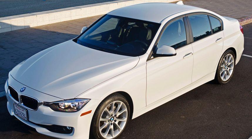 Main photo of Yusrin Hk's 2014 BMW 3 Series