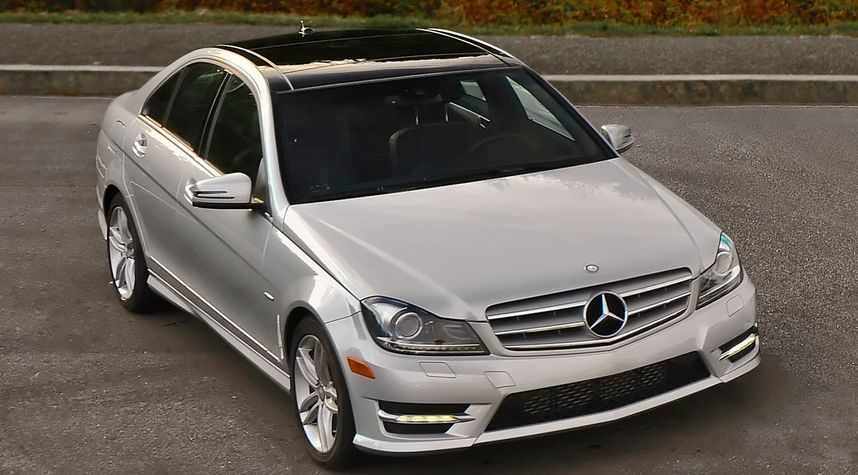 Main photo of Ethan Cherne's 2014 Mercedes-Benz C-Class