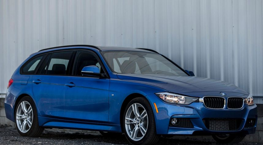 Main photo of Stevon Salter's 2015 BMW 3 Series