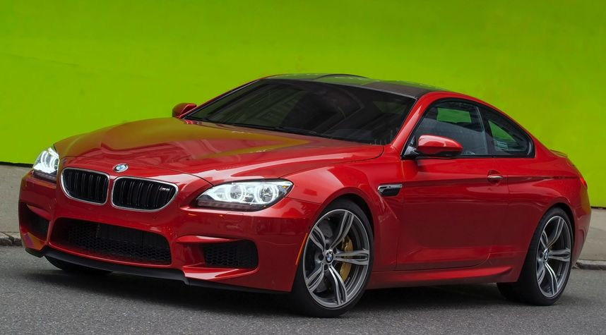 Main photo of Zach Huff's 2015 BMW M6