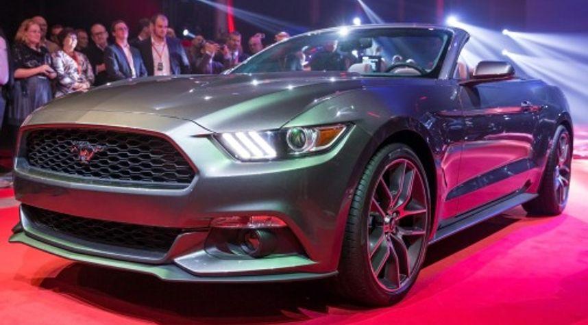 Main photo of Svjatoslav Sedov's 2015 Ford Mustang