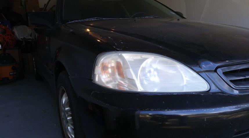 Main photo of Anthony Hodgson's 2000 Honda Civic