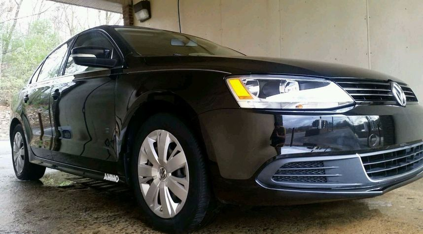Main photo of Nate Dupont's 2013 Volkswagen Jetta