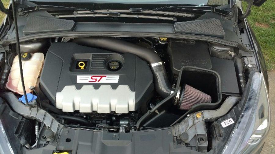 Focus St Cold Air Intake >> Steeda Steeda Complete Focus St Cold Air Intake 13 14 St