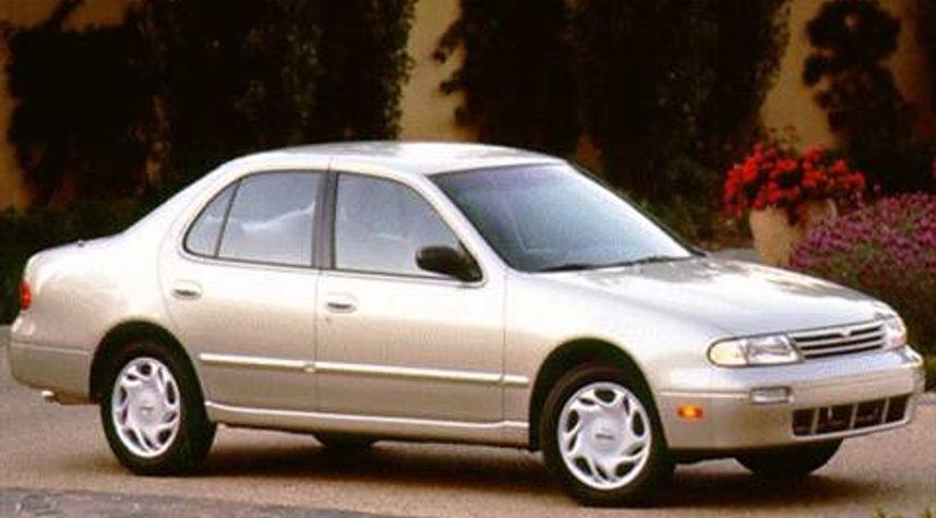Main photo of Jeff Harris's 1996 Nissan Altima