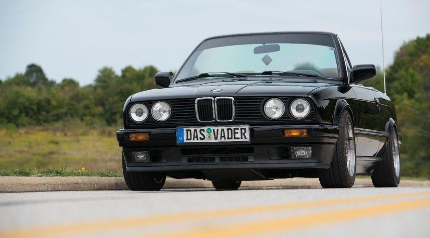 Main photo of Craig Daugherty's 1988 BMW 3 Series