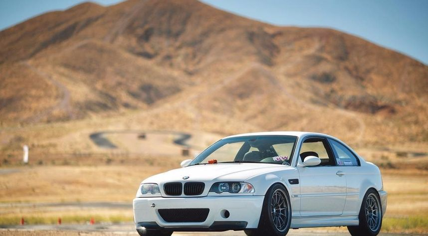 Main photo of TheHoonigans's 2003 BMW M3