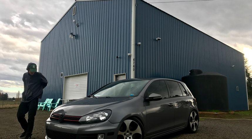 Main photo of Garrison Knowles's 2010 Volkswagen GTI