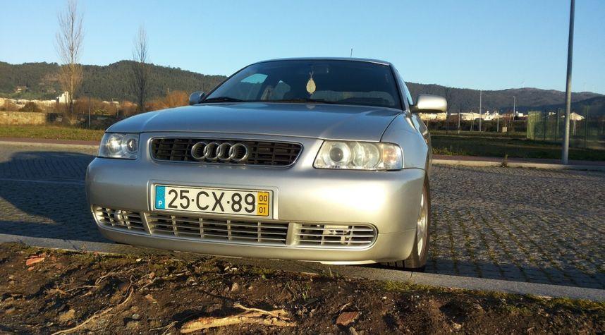 Main photo of Ricardo Cerqueira's 2000 Audi A3