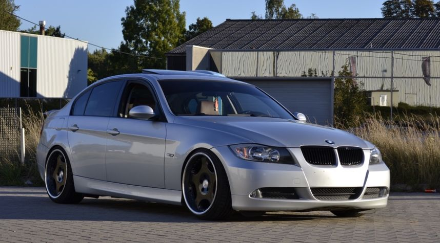 Main photo of Steven Lebegge's 2007 BMW 3 Series