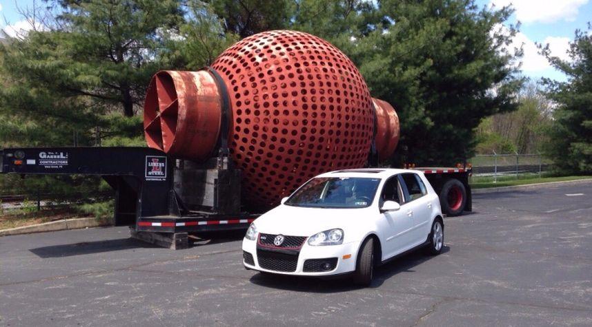 Main photo of Nathaniel Henderson's 2008 Volkswagen GTI