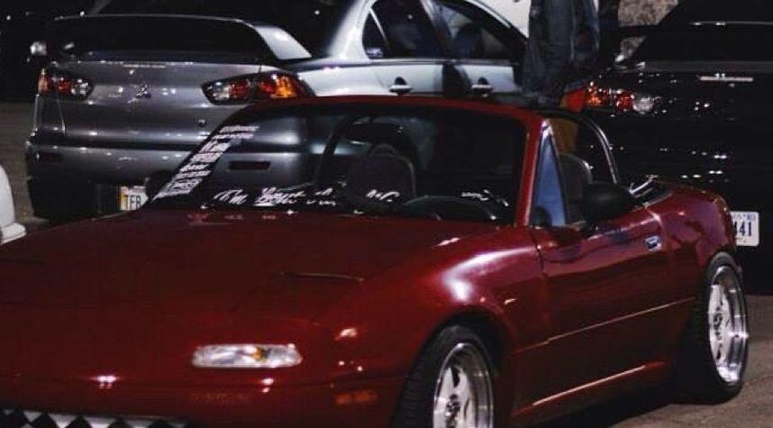 Main photo of Lucas Anson's 1992 Mazda MX-5 Miata