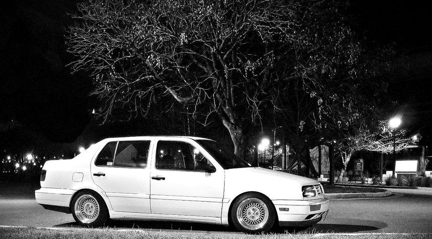 Main photo of Sara Wheeler's 1998 Volkswagen Jetta