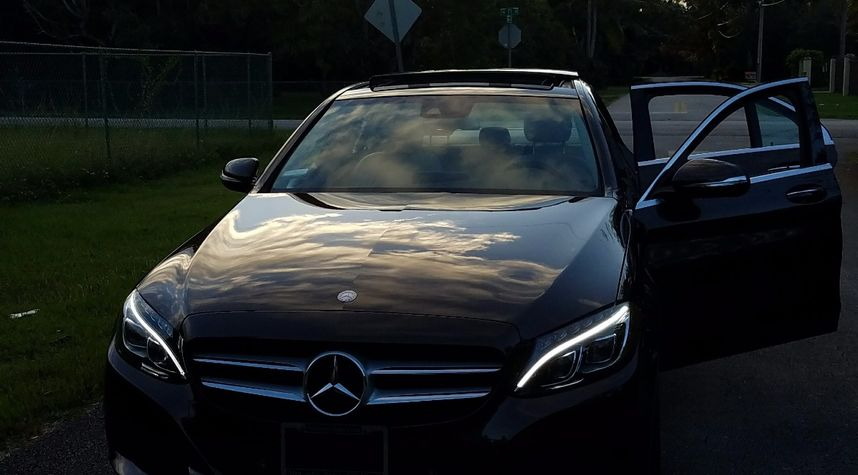 Main photo of Sean Saunders's 2015 Mercedes-Benz C-Class