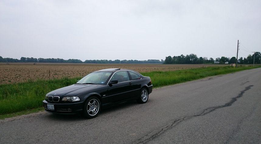 Main photo of Eric Redston's 2001 BMW 3 Series