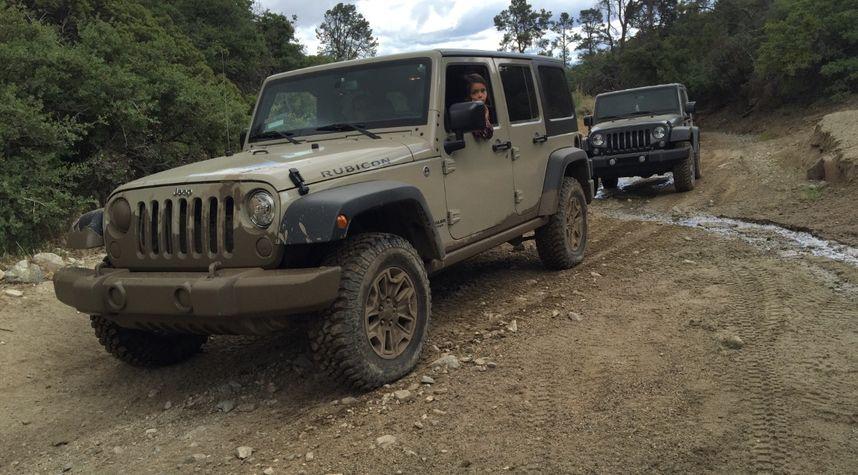 Main photo of Johnny Martinez's 2017 Jeep Wrangler