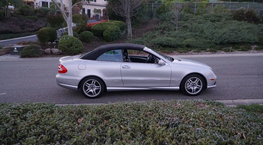 Main photo of Gavin Spencer's 2004 Mercedes-Benz CLK-Class