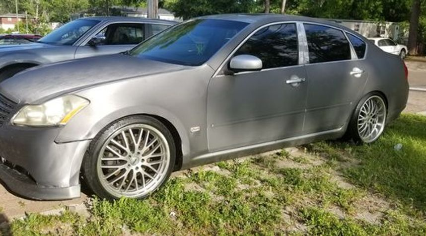 Main photo of Johnny  Chargedup's 2006 Infiniti M35