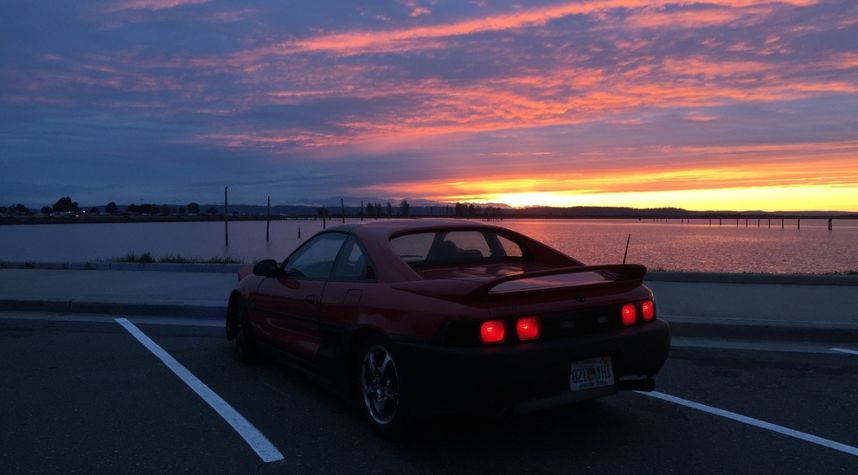 Main photo of Andrew Hoang's 1991 Toyota MR2