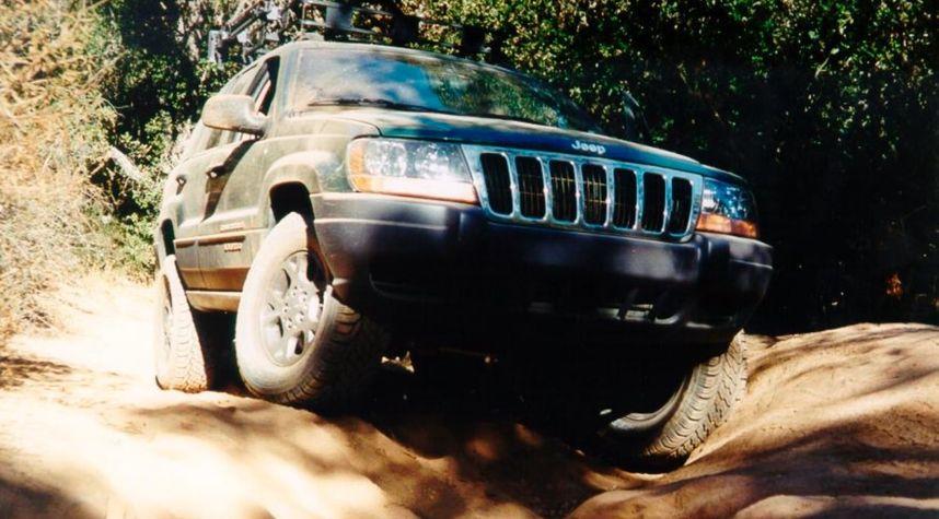 Main photo of Jerome Joanino's 1999 Jeep Grand Cherokee