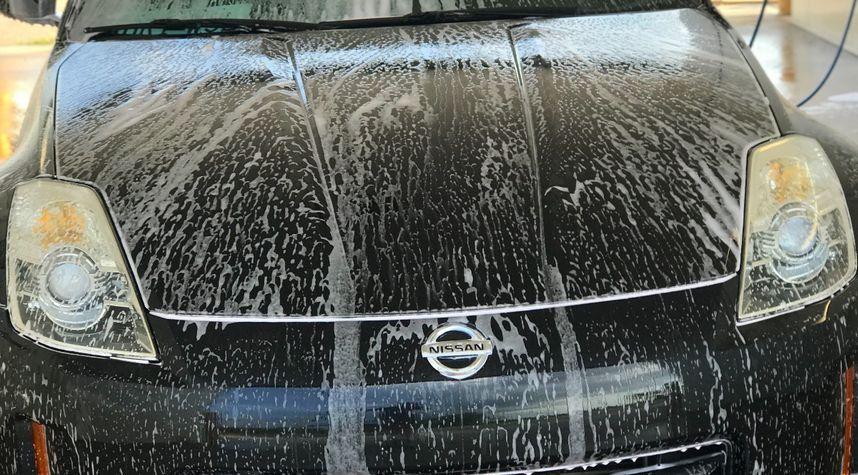 Main photo of Austin Woodson's 2006 Nissan 350Z