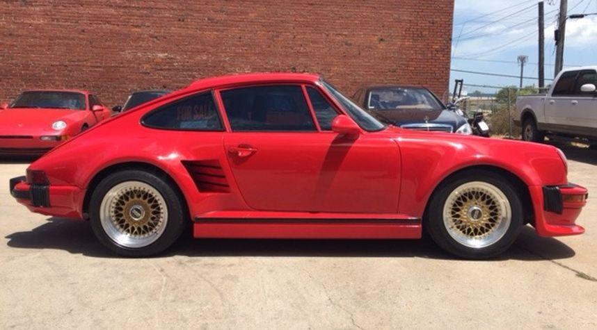 Main photo of Michael Reynolds's 1987 Porsche 911