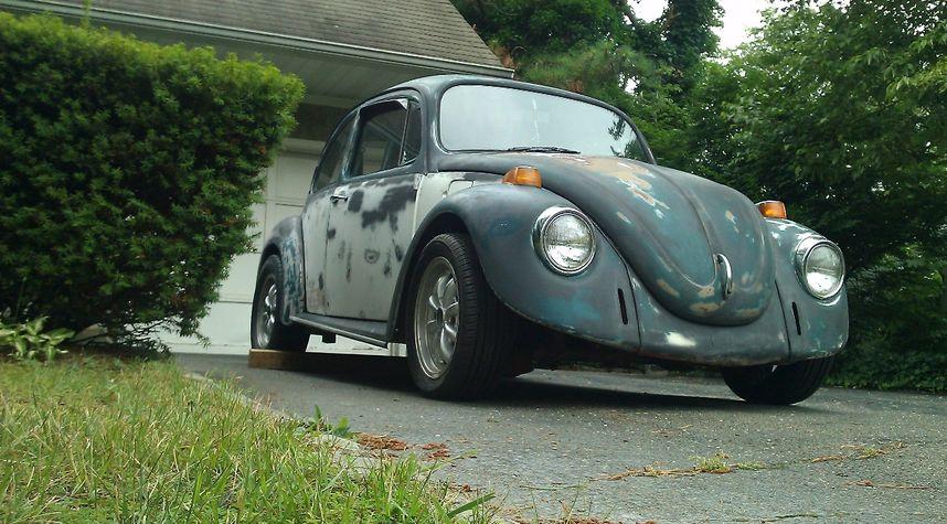 Main photo of NICHOLAS FREEMAN's 1973 Volkswagen Beetle (Pre-1980)
