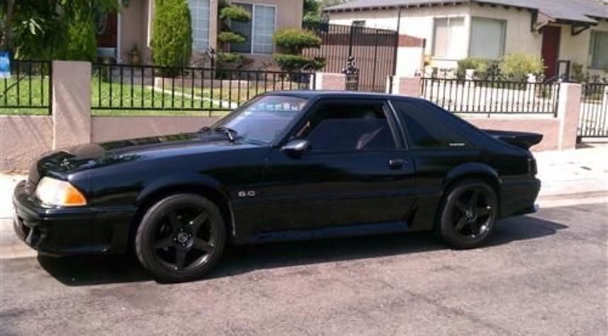 Main photo of Miguel Angel's 1994 Ford Mustang