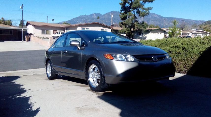 Main photo of Thomas Ellison's 2008 Honda Civic