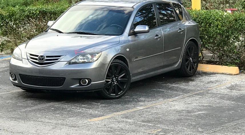 Main photo of Sergio Palacios's 2006 Mazda MAZDA3