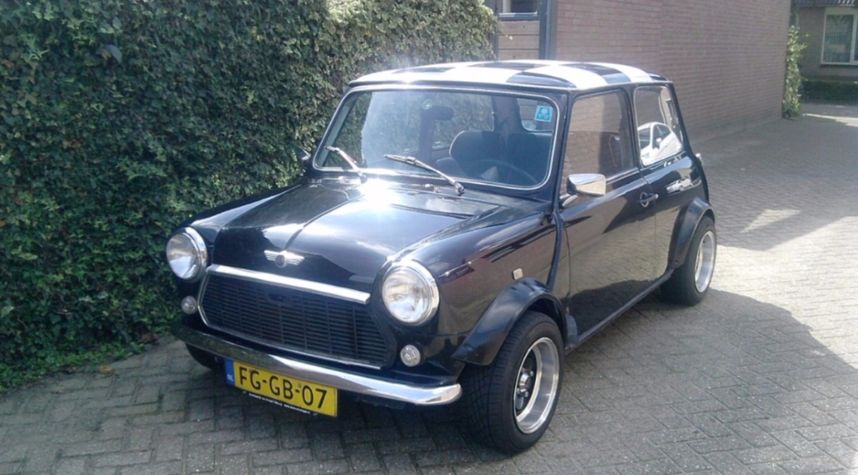 Main photo of Rick Willems's 1992 Rover Mini