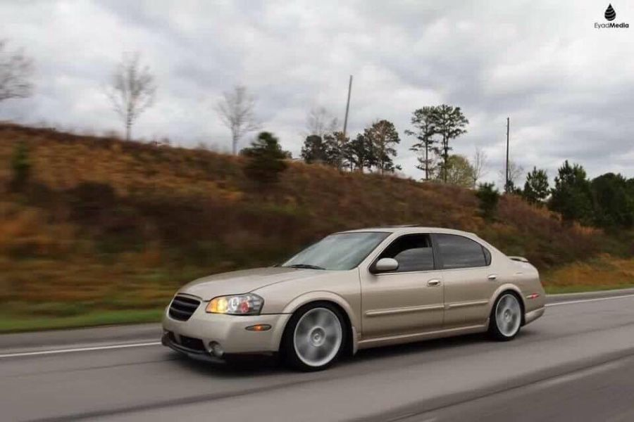 Thomas Sims S 2003 Nissan Maxima On Wheelwell
