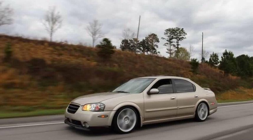 Main photo of Thomas Sims's 2003 Nissan Maxima
