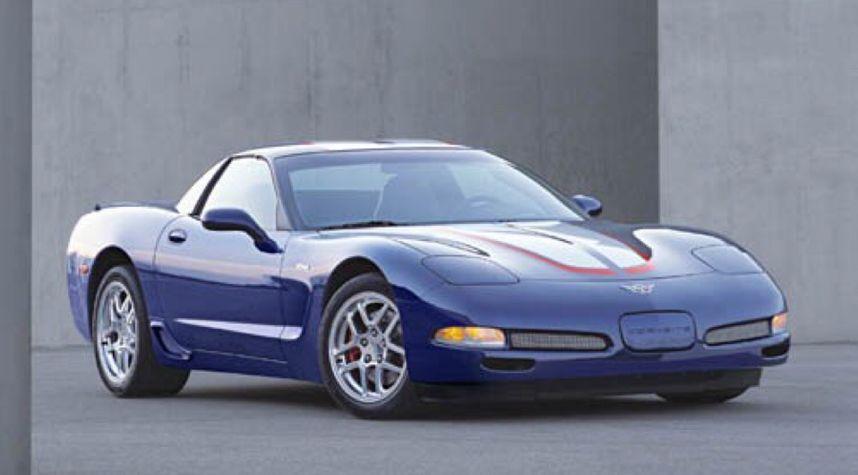 Main photo of Chris Davis's 2004 Chevrolet Corvette