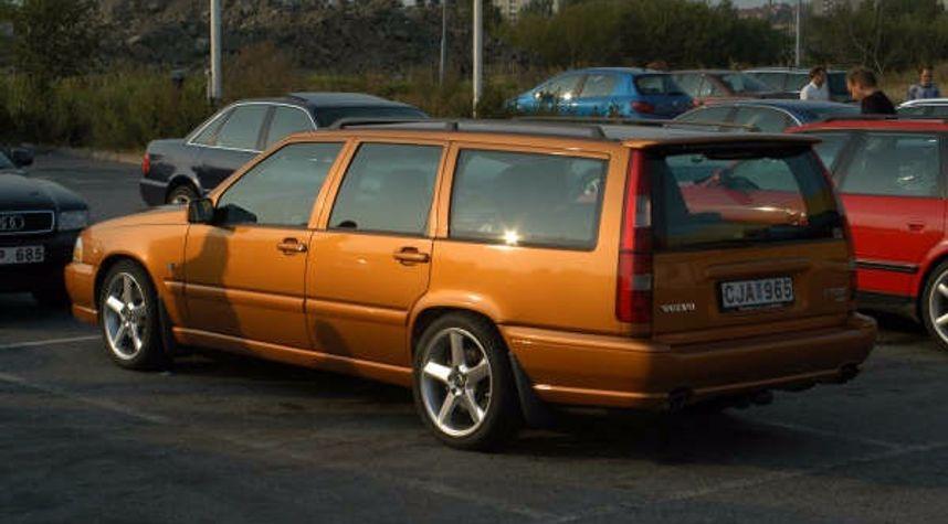 Main photo of Dan Backman's 1998 Volvo V70