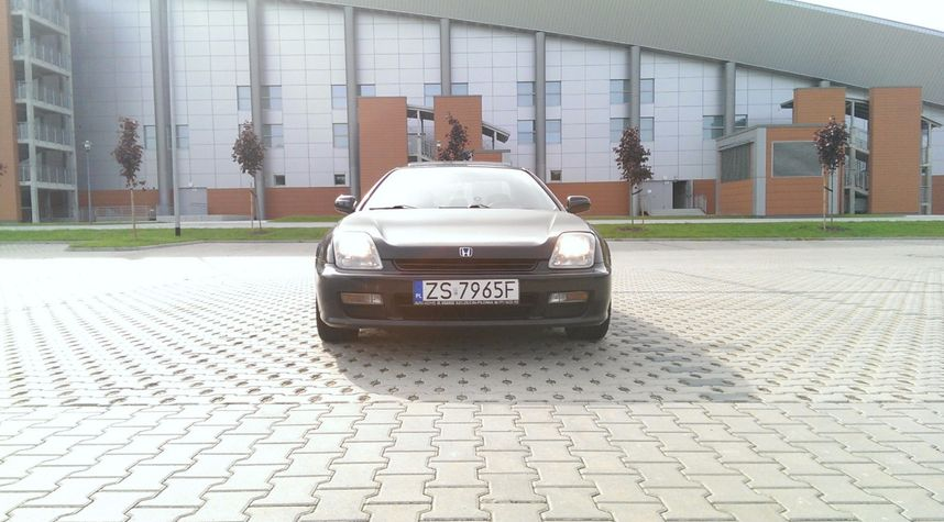 Main photo of Kuba Sokal's 1997 Honda Prelude